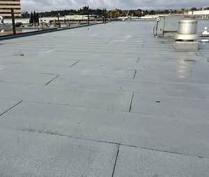 Commercial tar and gravel roof replacement in Edmonton